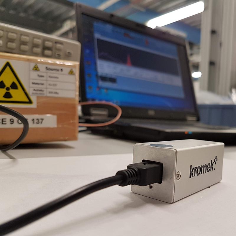 GR1-on-desk-800
